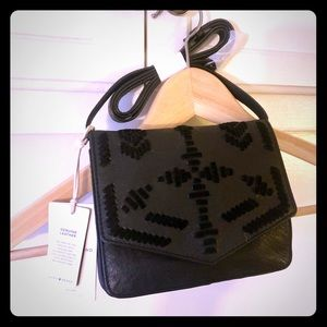 Cross Body Small Embroidered Bag Black Leather